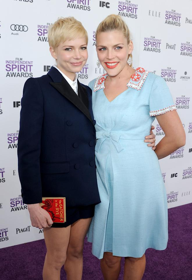 SANTA MONICA, CA - FEBRUARY 25:  Actors Michelle Williams and Busy Philipps arrive at the 2012 Film Independent Spirit Awards on February 25, 2012 in Santa Monica, California.  (Photo by Kevin Winter/Getty Images)