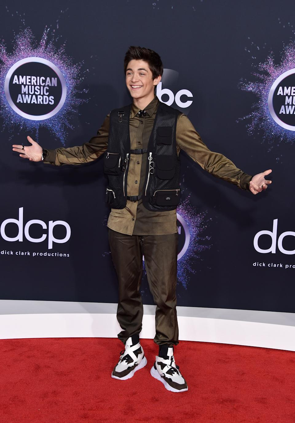 """<h1 class=""""title"""">Asher Angel in Ih Nom Uh Nit and Dalmata jewelry</h1><cite class=""""credit"""">Photo: Getty Images</cite>"""