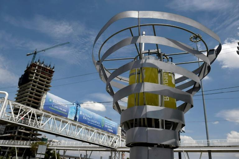 """The """"BioUrban 2.0"""" air purification system is seen in Puebla, Mexico on August 7, 2019 (AFP Photo/ALFREDO ESTRELLA)"""