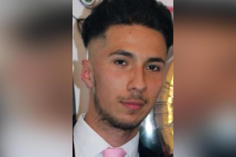 Party: Steven Narvaez Jara was attacked at a block of flats near Old Street ()