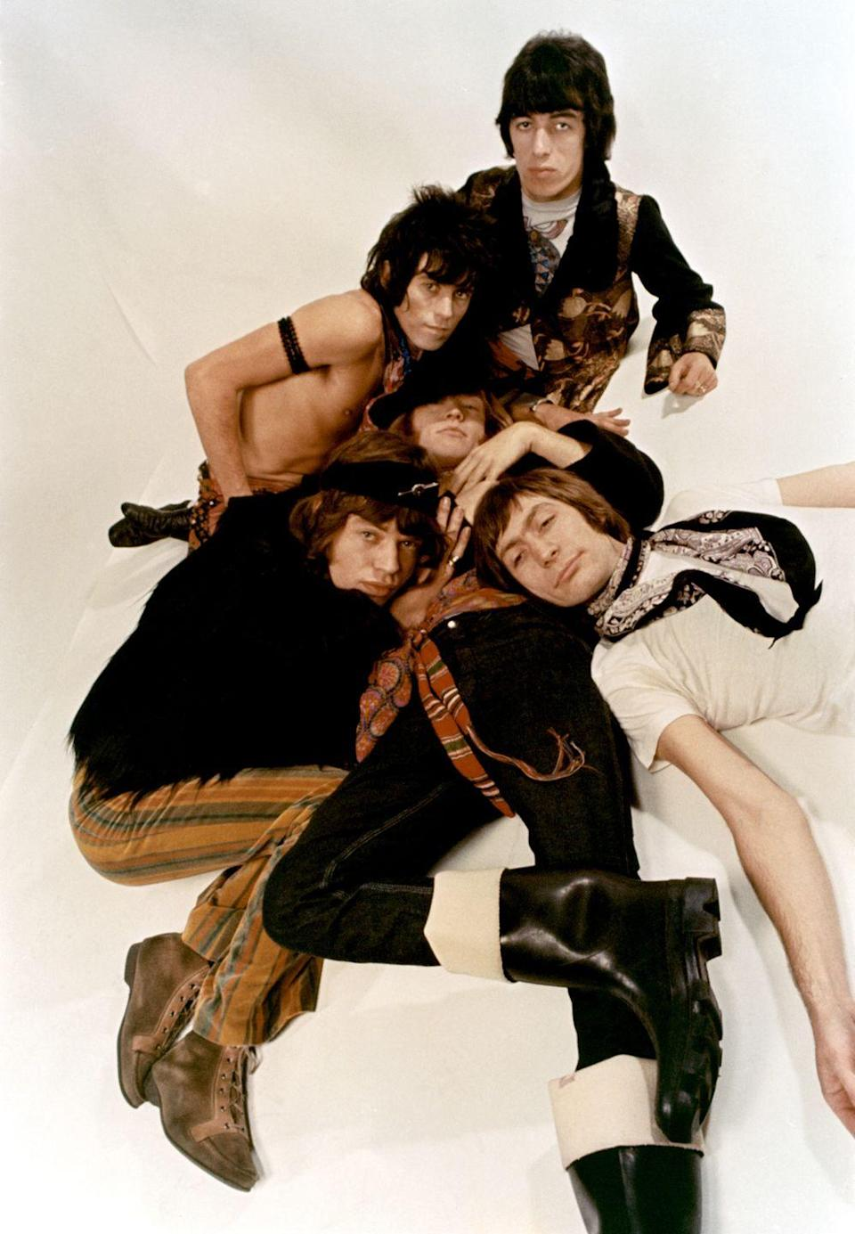 <p>1968: Rock and roll band 'The Rolling Stones' pose for a portrait.</p>