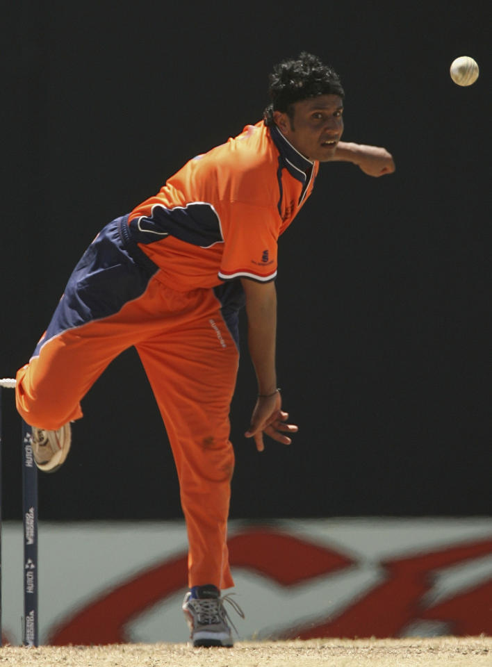 BASSETERRE, SAINT KITTS AND NEVIS - MARCH 18:  Adeel Raja of Netherlands in action during the ICC Cricket World Cup 2007 Group A match between Netherlands and Australia at Warner Park on March 18, 2007, in Basseterre, St Kitts and Nevis.  (Photo by Hamish Blair/Getty Images)