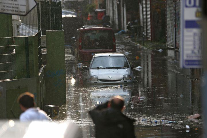 "<img alt=""""/><p>An unusually fierce thunderstorm hit Istanbul on Thursday night, transforming city streets into rivers and pounding the area with hail so large it damaged parked aircraft at the international airport. </p> <p>The summer storm led to downed trees, a partially destroyed stone wall, and a port explosion, according to <a rel=""nofollow"" href=""https://www.apnews.com/bf3e118de8184d96a0d10b4583ca185f/Summer-storm-slams-into-Istanbul-with-heavy-rain,-hail""><em>The Associated Press</em></a>. </p> <div><p>SEE ALSO: <a rel=""nofollow"" href=""http://mashable.com/2017/06/23/ibm-forecast-next-generation-weather-models/?utm_campaign=Mash-BD-Synd-Yahoo-Science-Full&utm_cid=Mash-BD-Synd-Yahoo-Science-Full"">IBM is trying to forecast the weather on every block, worldwide</a></p></div> <p>Hail pelted the ground as the rain intensified, and even cracked car windows, according to social media posts.</p> <div><div><blockquote> <p>BRUTAL bombardment with very large hail yesterday in Istanbul, Turkey! Hail up to 9 cm in diameter reported! Video: Meteor Turkey <a rel=""nofollow"" href=""https://t.co/Roi281Sx5E"">pic.twitter.com/Roi281Sx5E</a></p> <p>— severe-weather.EU (@severeweatherEU) <a rel=""nofollow"" href=""https://twitter.com/severeweatherEU/status/890889378377150464"">July 28, 2017</a></p> </blockquote></div></div> <p>Other users shared video and images of the streets being overwhelmed by flash flooding, while some images depicted widespread tree damage due to the storm's strong winds. Additionally, the <em>AP</em> reported that part of a stone wall surrounding a Christian-Armenian cemetery was destroyed. It led to two injuries.</p> <div><div><blockquote> <p>Tree down on Bahariye shopping street in Kadıköy, <a rel=""nofollow"" href=""https://twitter.com/hashtag/Istanbul?src=hash"">#Istanbul</a> due to freak hail <a rel=""nofollow"" href=""https://twitter.com/hashtag/storm?src=hash"">#storm</a> <a rel=""nofollow"" href=""https://t.co/IfWHkdgZGC"">pic.twitter.com/IfWHkdgZGC</a></p> <p>— Marc Guillet (@Turkeyreport) <a rel=""nofollow"" href=""https://twitter.com/Turkeyreport/status/890609607843790848"">July 27, 2017</a></p> </blockquote></div></div> <div><div><blockquote> <p>Crazy footage from İstanbul  <a rel=""nofollow"" href=""https://t.co/FcAqNysfde"">pic.twitter.com/FcAqNysfde</a></p> <p>— Ragıp Soylu (@ragipsoylu) <a rel=""nofollow"" href=""https://twitter.com/ragipsoylu/status/890600944639127552"">July 27, 2017</a></p> </blockquote></div></div> <p>But perhaps the scariest bit of footage shared online was video of an explosion caused by the storm, which was likely caused by strong winds sweeping in off the water. </p> <div><div><blockquote> <p>Hailstorm caused an explosion in İstanbul. Another acapolyptic view  <a rel=""nofollow"" href=""https://t.co/LrmZdpgt4g"">pic.twitter.com/LrmZdpgt4g</a></p> <p>— Ragıp Soylu (@ragipsoylu) <a rel=""nofollow"" href=""https://twitter.com/ragipsoylu/status/890603227615338500"">July 27, 2017</a></p> </blockquote></div></div> <p>According to the <em>AP</em>, a crane fell onto oil barrels at a port, leading to the explosion and subsequent fire. It led to at least one injury.</p> <p>The storm brought the Turkish metropolis to a standstill at rush hour, even closing the Eurasia Tunnel, which connects Asia with Europe under the Bosporus strait. It's the second time in a little more than a week that a violent deluge has disrupted the city. </p> <p>While severe thunderstorms are local events subject to natural variability, climate change is already increasing the odds of heavy downpours around the world. This trend is expected to continue during the next few decades, with more rain falling in shorter, heavier bursts in many parts of the world. This will challenge the capacity of cities like Istanbul to adapt to more frequent flash flood events.</p> <p><em>Mashable science editor Andrew Freedman contributed reporting.  </em></p> <div> <h2><a rel=""nofollow"" href=""http://mashable.com/2017/03/23/rotating-dome-shaped-house-for-extreme-weather/?utm_campaign=Mash-BD-Synd-Yahoo-Science-Full&utm_cid=Mash-BD-Synd-Yahoo-Science-Full"">WATCH: These unconventional dome homes can withstand natural disasters.</a></h2> <div> <p><img alt=""Https%3a%2f%2fblueprint api production.s3.amazonaws.com%2fuploads%2fvideo uploaders%2fdistribution thumb%2fimage%2f5408%2f038d9ddf 3edf 475a 9a25 e498a2cec9e2""></p>   </div> </div>"
