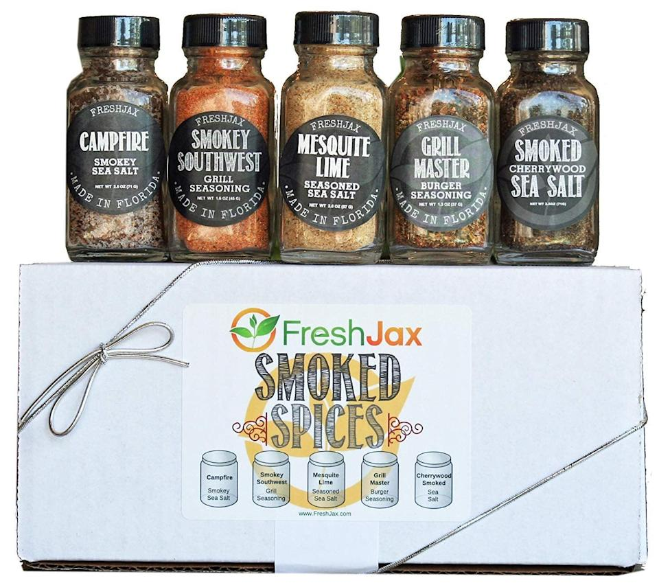 <p>If he's a cook, we have a feeling he'll be into this <span>FreshJax Smoked Spices Gift Set</span> ($25).</p>