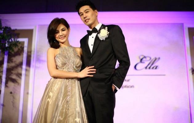 Ella Chen and new husband Alvin Lai onstage (Photo courtesy of Let There Be Light)