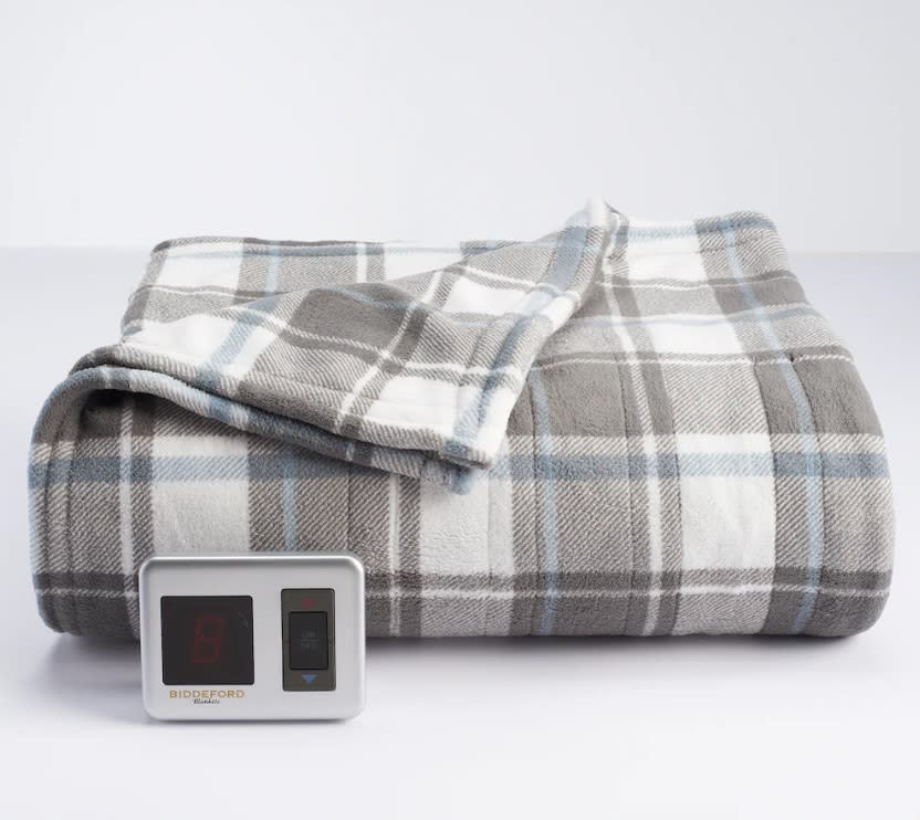 "<p>Score a plush heated blanket in one of 10 different colors and patterns for a total steal. The 3-piece set also includes two remotes that make it easy to control the 10 heat settings.<br><strong><a href=""https://fave.co/2A5fMle"" rel=""nofollow noopener"" target=""_blank"" data-ylk=""slk:SHOP IT"" class=""link rapid-noclick-resp"">SHOP IT</a>:</strong> $50 to $100 (was $100 to $200), <a href=""https://fave.co/2A5fMle"" rel=""nofollow noopener"" target=""_blank"" data-ylk=""slk:kohls.com"" class=""link rapid-noclick-resp"">kohls.com</a> </p>"