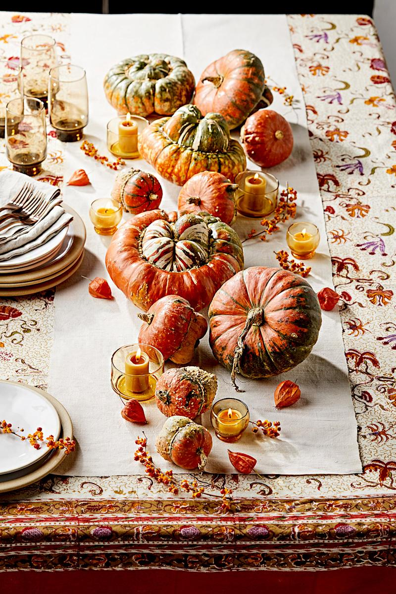 Gorgeous Fall Table Decor Featuring the Season's Best Produce