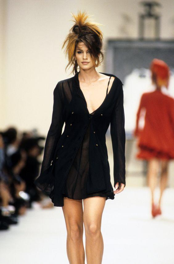 Cindy Crawford at the Chanel 1994 show