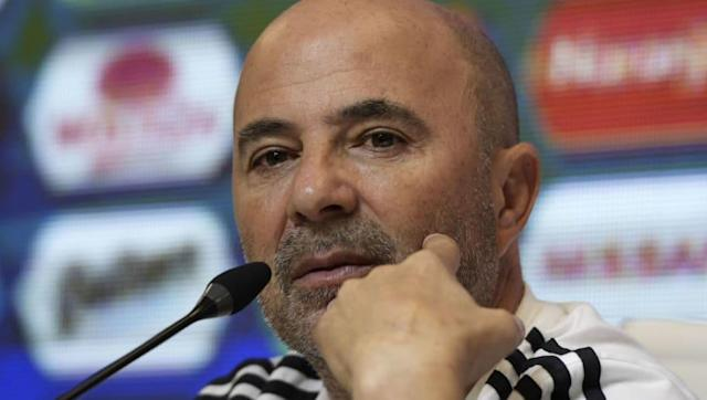 ​Argentina boss Jorge Sampaoli has defended his decision to omit ​Inter striker Mauro Icardi from his 23-man ​World Cup squad for Russia this summer, citing he wants individuals who 'identify with our style of play as closely as possible'. Speaking to the gathering world's media as the Chilean revealed his final selections for this summer, Sampaoli is quoted by ​Football Italia as wanting players for his team who offer versatility but above all fit La Albiceleste's current brand of football. ...
