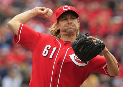 Cincinnati Reds starting pitcher Bronson Arroyo throws against the Los Angeles Angels duringn the first inning of an interleague baseball game, Thursday, April 4, 2013, in Cincinnati. (AP Photo/Al Behrman)