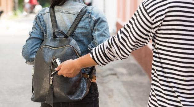 3 Travel Gadets You Can Get to Never Lose Valuables Again On a Trip