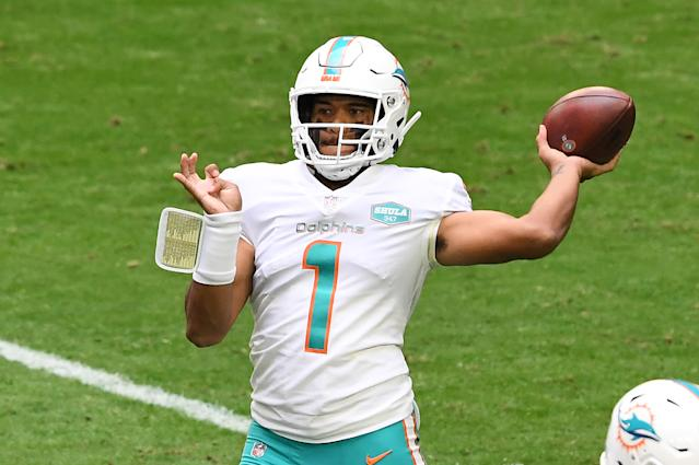 Tua Tagovailoa outduels Kyler Murray in shootout to improve to 2-0 as  Dolphins starter
