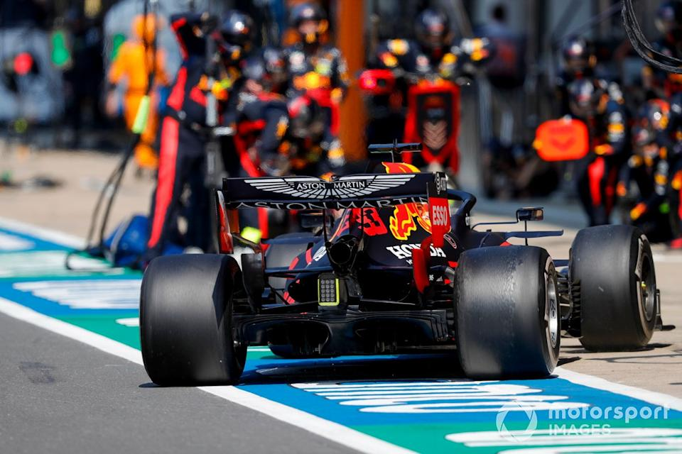 """Max Verstappen, Red Bull Racing RB16, comes in for a pit stop<span class=""""copyright"""">Glenn Dunbar / Motorsport Images</span>"""
