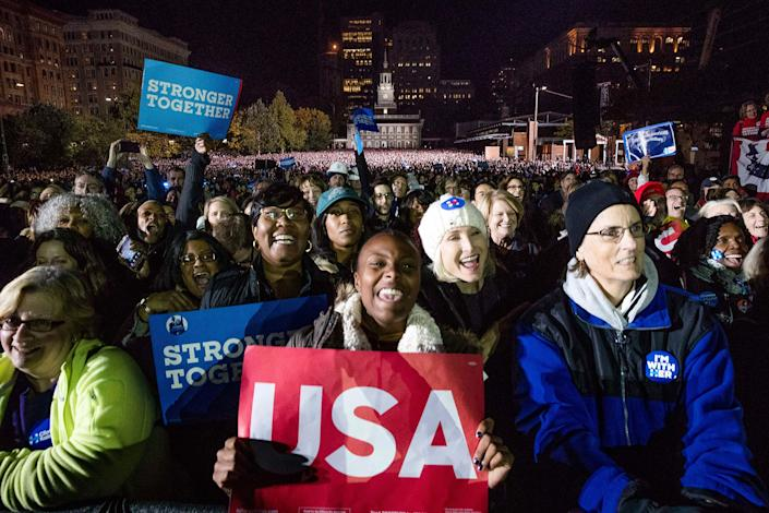 <p>People gather on Independence Mall to hear Democratic presidential candidate Hillary Clinton speak at a rally in Philadelphia, Monday, Nov. 7, 2016. (Photo: Andrew Harnik/AP) </p>