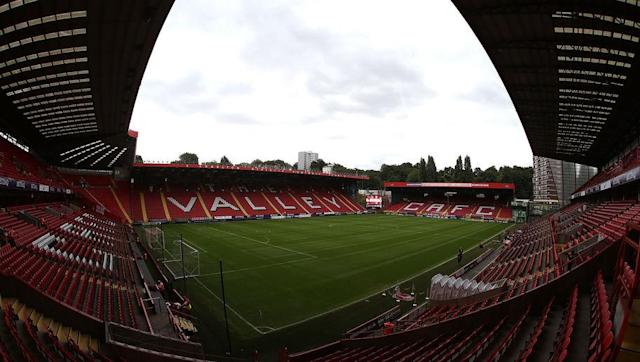 <p>Finishing seventh in the Premier League in 2004 was as good as it got for Charlton fans, as they now find themselves mid-table in League 1. After 6 straight seasons in the Premier League under Alan Curbishley, the club faltered when he left in 2006, and were relegated in 2007. </p> <br><p>Charlton haven't been able to find any stability since and found themselves relegated again in 2009 after finishing bottom of the Championship. Three seasons in League 1 followed and promotion back to the Championship was sealed when they won the league in 2012. </p> <br><p>Three more seasons of mid table anguish for fans led to another relegation back to League 1, where they remain today. </p>