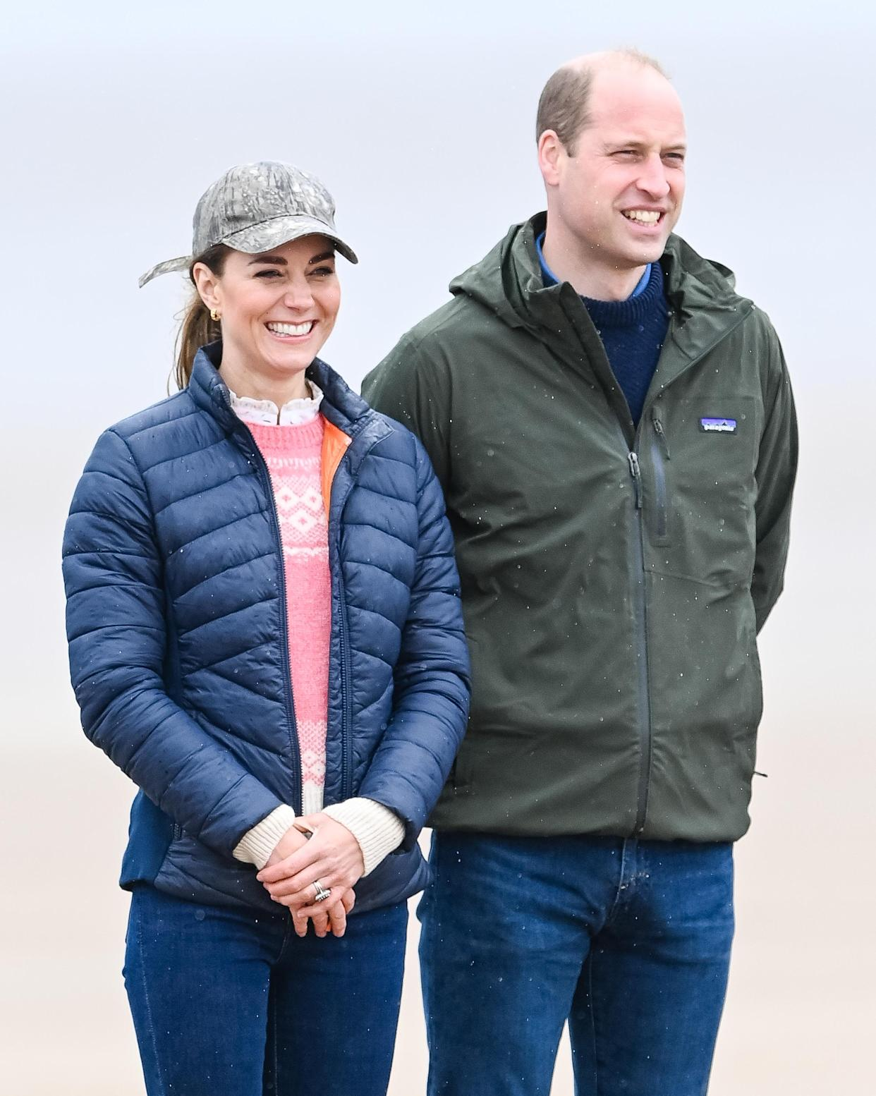 ST ANDREWS, SCOTLAND - MAY 26: Prince William and Catherine Duchess of Cambridge join Fife Young Carers for a session of land yachting on West Sands beach at St Andrews, hosted by local company Blown Away on May 26, 2021 in St Andrews, Scotland. (Photo by Pool/Samir Hussein/WireImage)
