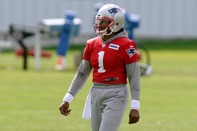 Cam Newton slowly making his way into Patriots' culture