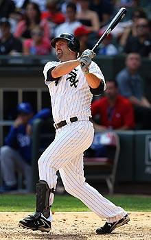 White Sox first baseman Paul Konerko passed 2,000 hits for his career this season