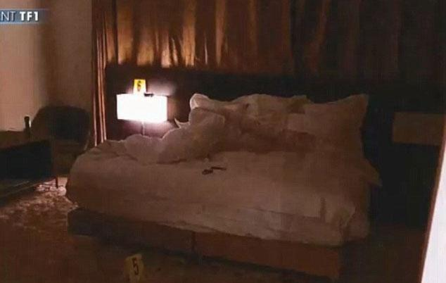 The Paris bedroom in the No Address Hotel where the robbery took place. Source: TF1