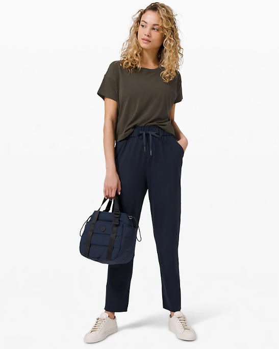 Keep Moving Pant in true navy