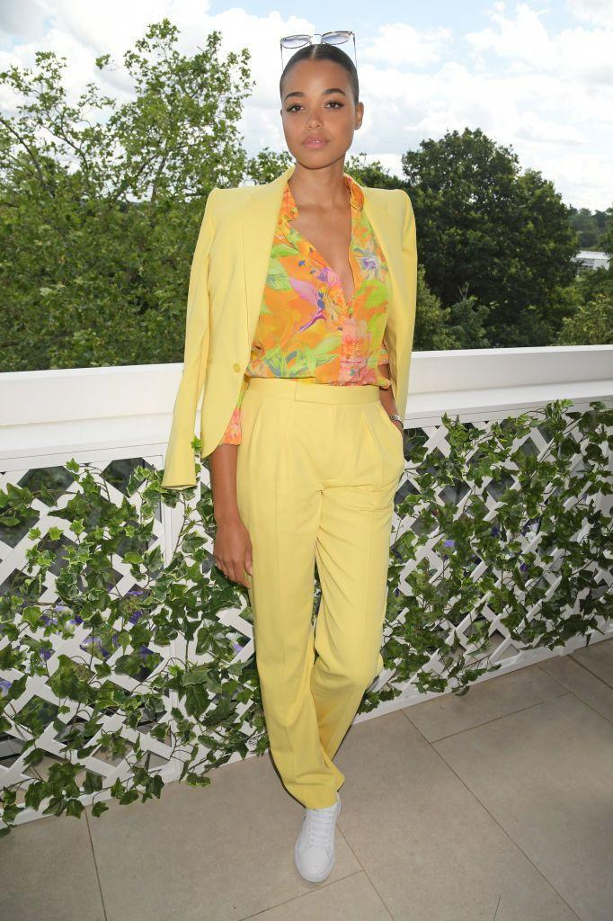 <p>The actor looked summer ready in a sunshine-yellow suit. </p>