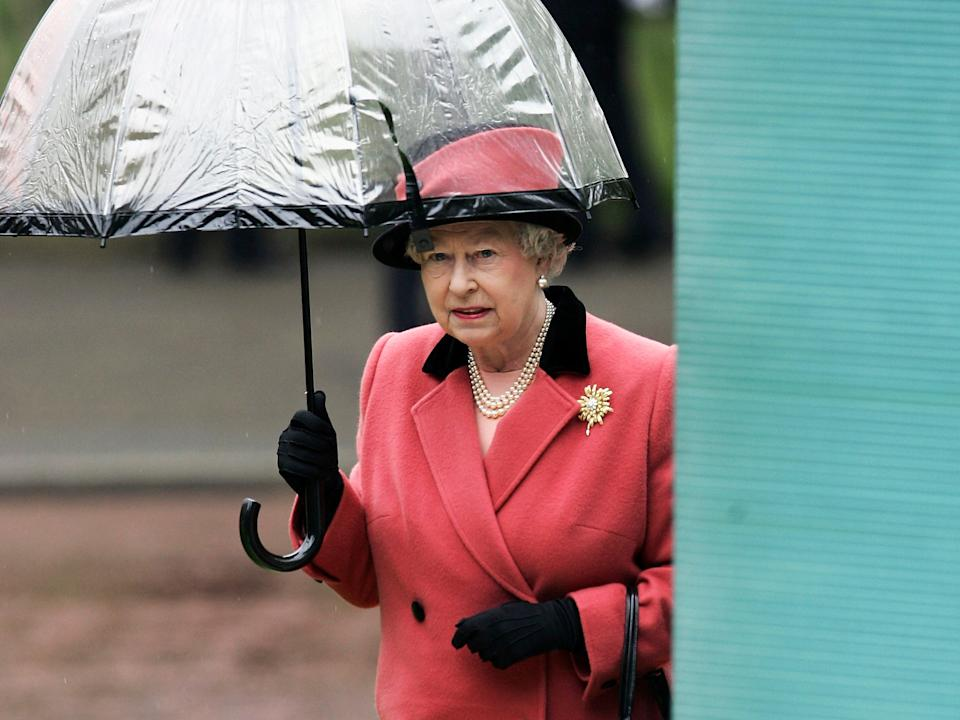 queen elizabeth umbrella