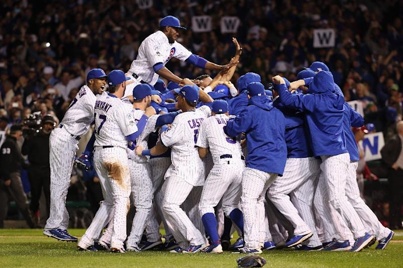 1582a27a Chicago Cubs win MLB playoff series, Dodgers stay alive in NY