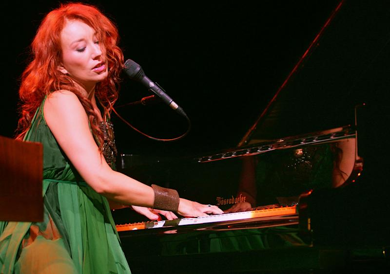 Tori Amos performs at UCLA's Royce Hall in 2005. (Photo: Karl Walter/Getty Images)