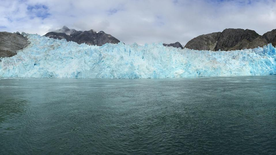 Scientists have developed a method to directly measure the submarine melt rate of a tidewater glacier.