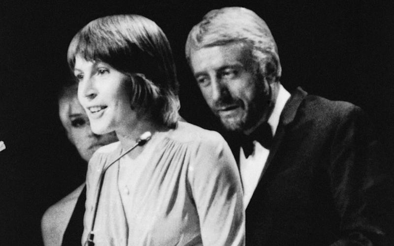 Helen Reddy wins a Grammy Award for the best female song of the year in Nashville - AP