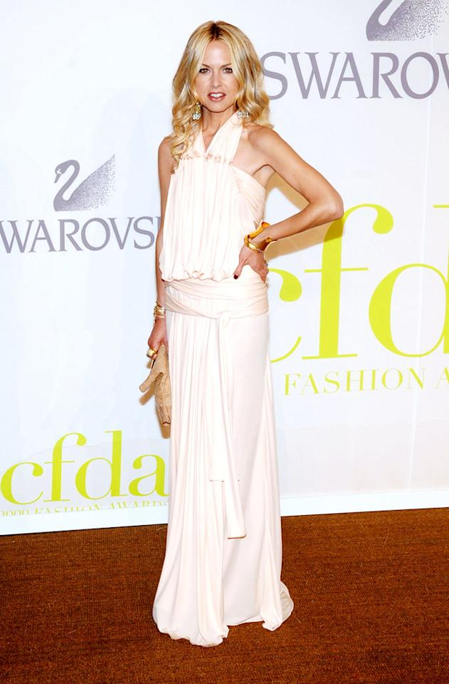 "Padma's Bravo sister, Rachel Zoe, was peachy keen in a Louis Vuitton gown, which the stylist accessorized perfectly with vintage Chanel earrings. Jamie McCarthy/<a href=""http://www.wireimage.com"" target=""new"">WireImage.com</a> - June 15, 2009"
