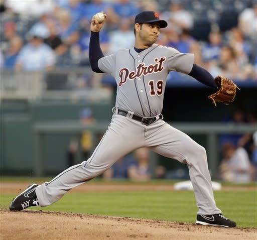 Detroit Tigers starting pitcher Anibal Sanchez throws during the first inning of a baseball game against the Kansas City Royals, Wednesday, Aug. 29, 2012, in Kansas City, Mo. (AP Photo/Charlie Riedel)
