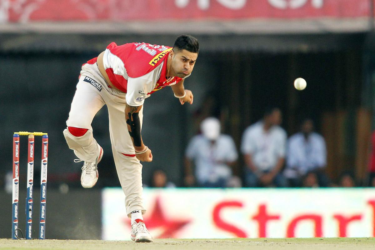 Manpreet Gony of Kings XI Punjab sends down a delivery during match 55 of of the Pepsi Indian Premier League between The Kings XI Punjab and the Rajasthan Royals held at the PCA Stadium, Mohali, India on the 9th May 2013.(BCCI)