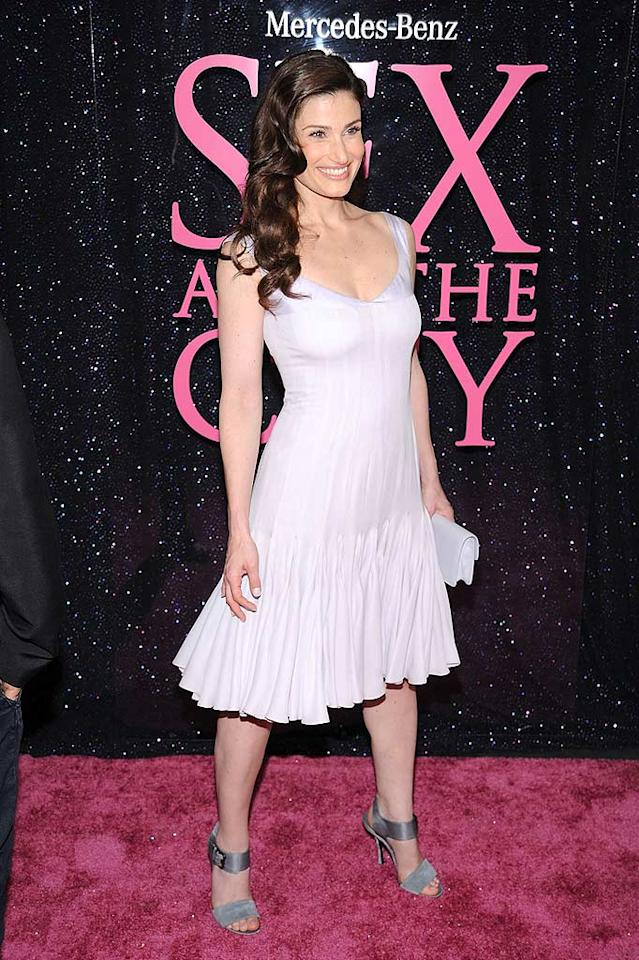 """Broadway star Idina Menzel kept it simple in a dress that was cute, but would have been cuter in a brighter color. Since she arrived solo, we gather that her hubby Taye Diggs is not a """"Sex and the City"""" fan! Dimitrios Kambouris/<a href=""""http://www.wireimage.com"""" target=""""new"""">WireImage.com</a> - May 27, 2008"""