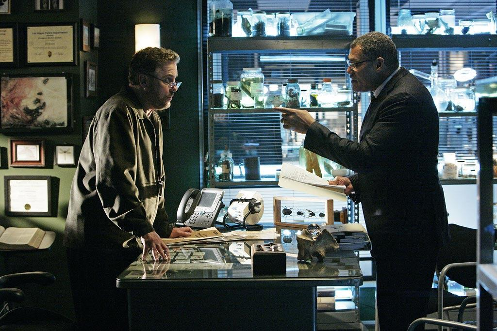 """Dr. Raymond Langston (Laurence Fishburne) prepares to work for CSI after Grissom announces that he is leaving. (""""One to Go"""" 1/15/2009, Season 9)"""