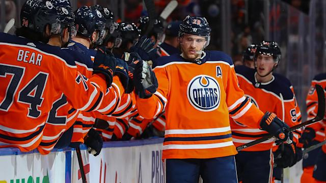 Edmonton Oilers center Leon Draisaitl is the presumptive favourite for the Hart Trophy. (Curtis Comeau/Icon Sportswire via Getty Images)