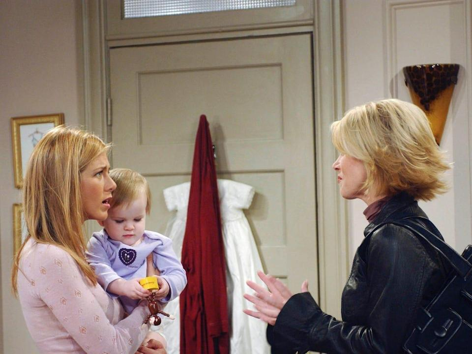 """Noelle and Cali Sheldon on """"Friends"""" set with Aniston and guest-star Christina Applegate."""