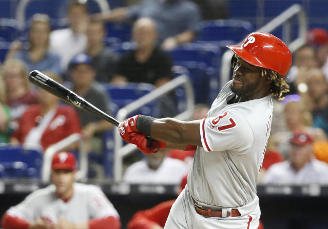 "There's reason to believe <a class=""link rapid-noclick-resp"" href=""/mlb/players/9906/"" data-ylk=""slk:Odubel Herrera"">Odubel Herrera</a>'s breakout with the <a class=""link rapid-noclick-resp"" href=""/mlb/teams/phi"" data-ylk=""slk:Philadelphia Phillies"">Philadelphia Phillies</a> is for real. (AP Photo/Wilfredo Lee)"