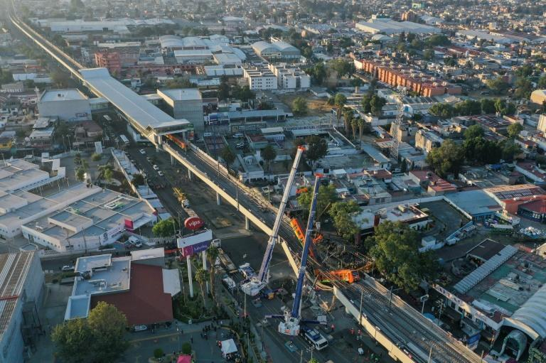 The accident happened on one of the Mexico City metro's sections of elevated tracks