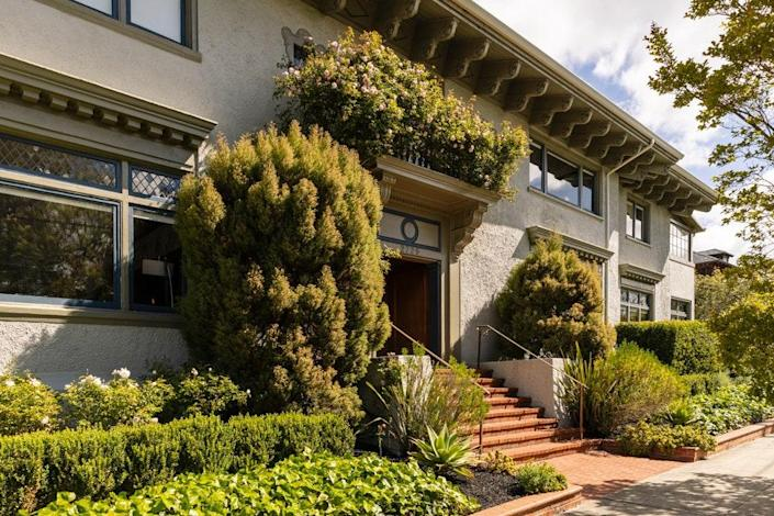 The home was built in the 1920s by architect Walter Ratcliff for John Jolly Cairns, the father of modern, in-ground irrigation.