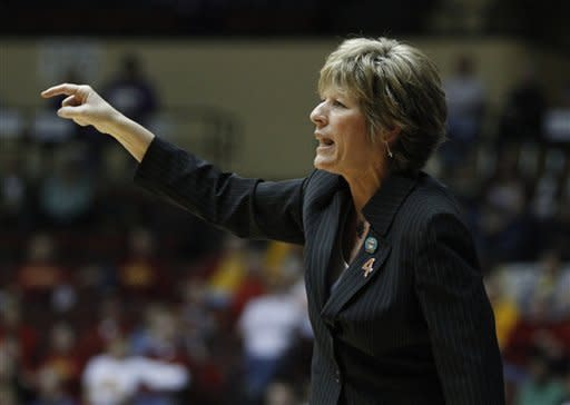 Kansas State head coach Deb Patterson instructs her team against Baylor in the first half of a semifinal game of the NCAA college women's Big 12 conference basketball tournament, Friday, March 9, 2012 in Kansas City, Mo. (AP Photo/Jeff Tuttle)