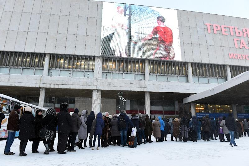 Russians queue to visit the Valentin Serov exhibition at the Tretyakov Gallery in Moscow, on January 22, 2016