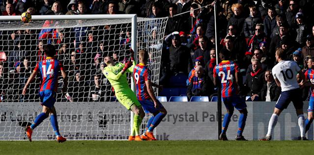 "Soccer Football - Premier League - Crystal Palace vs Tottenham Hotspur - Selhurst Park, London, Britain - February 25, 2018 Tottenham's Harry Kane scores their first goal REUTERS/Eddie Keogh EDITORIAL USE ONLY. No use with unauthorized audio, video, data, fixture lists, club/league logos or ""live"" services. Online in-match use limited to 75 images, no video emulation. No use in betting, games or single club/league/player publications. Please contact your account representative for further details."