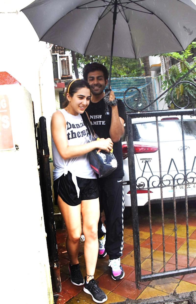 Sara Ali Khan and Kartik Aaryan in Juhu.
