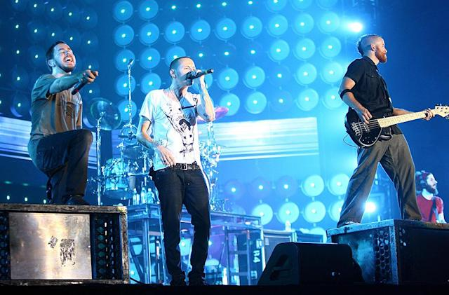 "<p>Chester Bennington, Dave ""Phoenix"" Farrell and Mike Shinoda of Linkin Park peform on stage at the Tokyo leg of the Live Earth series of concerts, at Makuhari Messe, Chiba on July 7, 2007 in Tokyo, Japan. Launched by former US Vice President Al Gore to combat Global Warming, the concert is one of a series taking place over a 24-hour period on July 7 across seven continents. (Photo: Koichi Kamoshida/Getty Images) </p>"