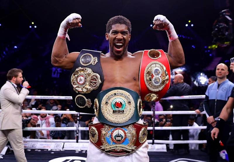 Anthony Joshua returns to the United Kingdom at Tottenham Hotspur Stadium
