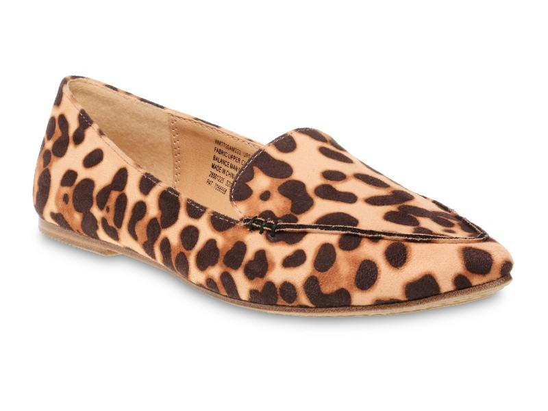 Time and Tru Animal Print Feather Flat. (Photo: Walmart)