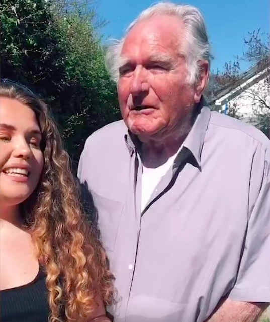 Yazzy Chamberlain has been singing with her granddad through lockdown.  (Caters/@yazzy_music)
