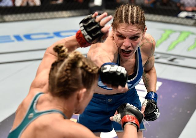 (R-L) Lauren Murphy punches Barb Honchak in their women's flyweight bout during the TUF Finale event inside Park Theater on Dec. 1, 2017 in Las Vegas. (Photo by Jeff Bottari/Zuffa LLC via Getty Images)