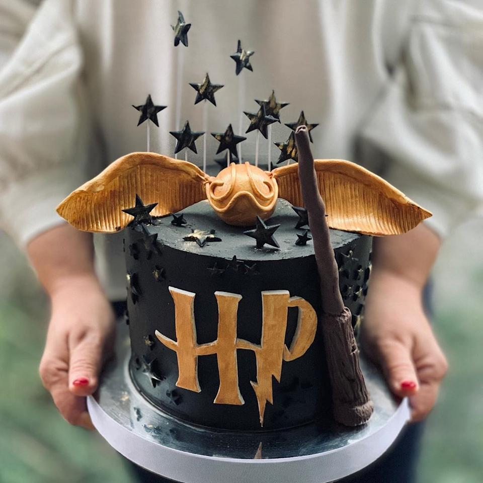 "<p>Stars, a wand, and a golden snitch come together to create a magical birthday cake any <em>Harry Potter</em> lover will swoon over. Fortunately, with fondant, it's not too difficult to recreate.</p><p><strong>See more at <a href=""https://www.instagram.com/p/B6-bdwepuox/"" target=""_blank"">@Słodki Matie</a>.</strong></p><p><a class=""body-btn-link"" href=""https://www.amazon.com/Wilton-Decorator-Preferred-White-Fondant/dp/B00IE72KRW/?tag=syn-yahoo-20&ascsubtag=%5Bartid%7C10050.g.31156254%5Bsrc%7Cyahoo-us"" target=""_blank""><strong>SHOP FONDANT</strong></a></p>"